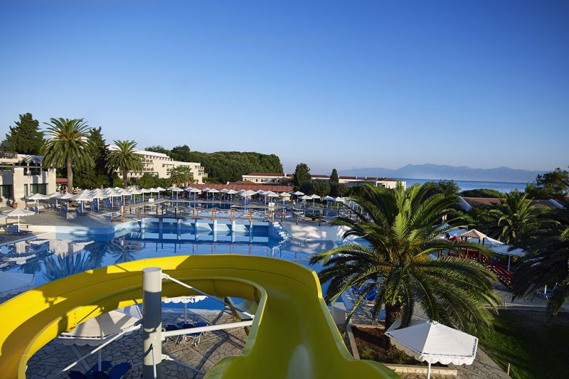 Roda Beach Resort and Spa Korfuz